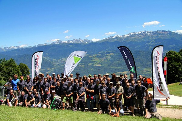 Group photo of the Airtour competitors and supporters